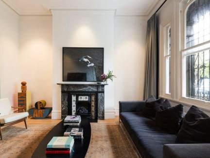 典雅轻奢简欧风格客厅灰色沙发装修图