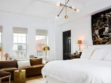 现代风格时尚大气卧室装修实景图