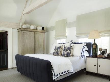 时尚大气现代风格卧室床头柜装修图片