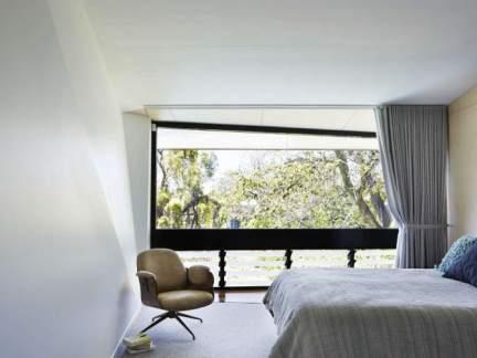 简约风格优雅明净卧室装修实景图