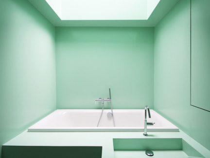 简约风格清新纯净浅绿色卫生间实景图