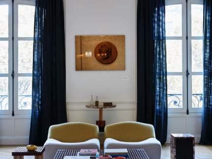 现代风格清新时尚客厅创意灯饰效果图