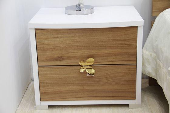 顶固摩卡胡桃 白浮雕床头柜