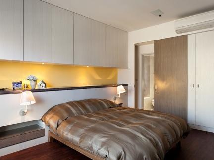 温馨简约都市现代风格卧室装修实景图