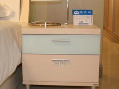 床头柜白樱桃系列B690床头柜