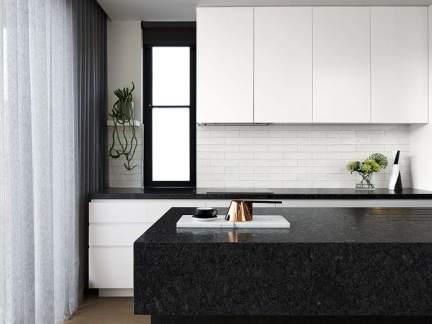 简约风格利落黑白调厨房装修设计图
