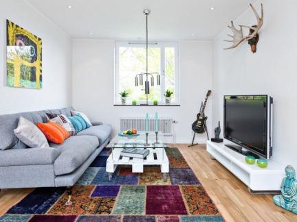 拥抱阳光与爱 85平舒适多彩北欧公寓