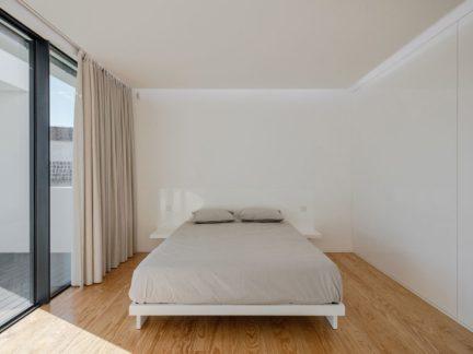 简约风格纯净爽朗卧室装修设计图