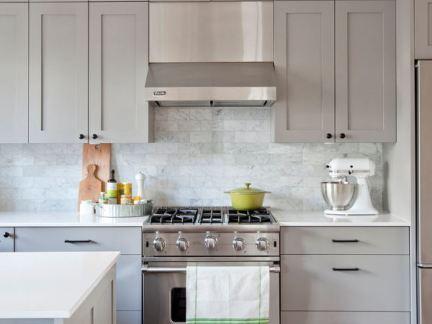 欧式风格开放式厨房灰色橱柜图片欣赏