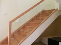现代简约玻璃楼梯设计定制-百姓园楼梯