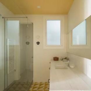 简美风格三居室卫生间装修效果图