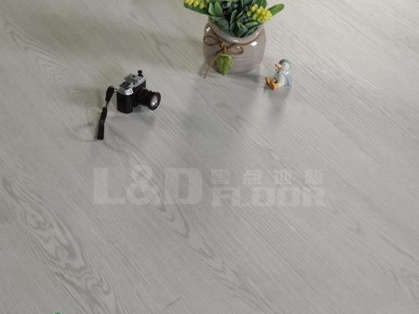 零点LW-6076-3 石塑地板