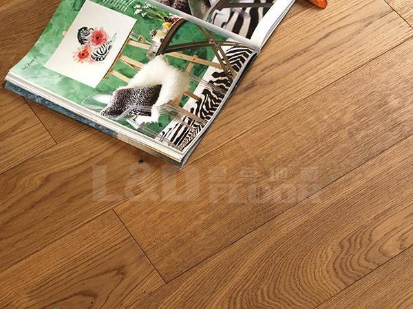 零点LS-X826 栎木 烟丝色 实木地板