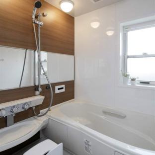 日式风格二居室卫生间装修效果图