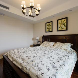 美式风格三居室卧室装修效果图