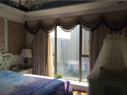 灰色欧式风格卧室唯美窗帘装修设计图
