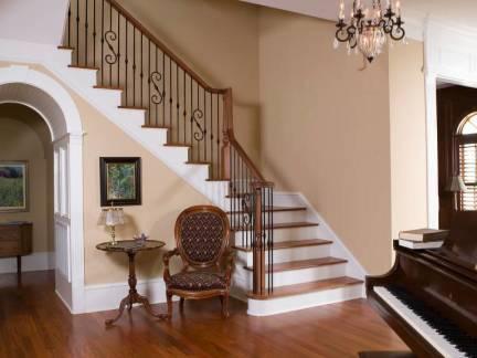 棕色美式美宅客厅玄关楼梯装修效果图