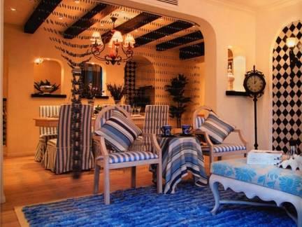 彩色地中海风格客厅背景墙装修设计图