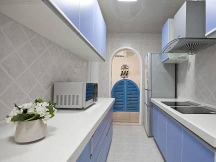 白色地中海风格厨房吊顶装修效果图