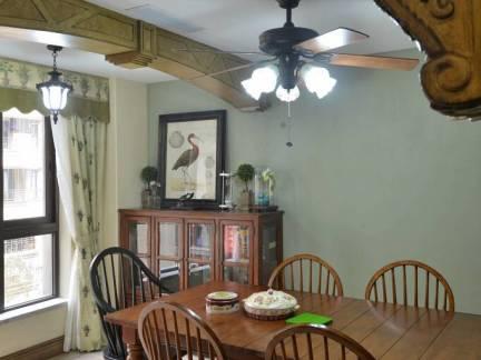 中式现代风格餐厅原木色餐桌装修图片
