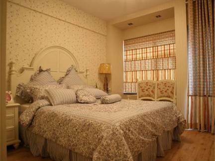 灰色田园风格卧室床头柜装修美图