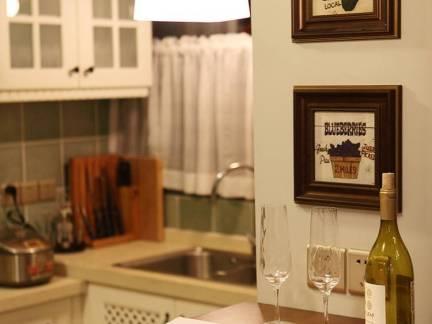 棕色田园风格餐厅餐桌装修效果图