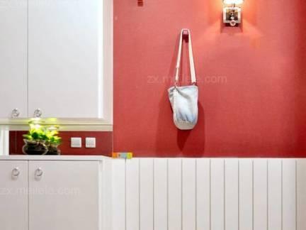 白色简洁现代风格进门玄关实用小巧型鞋柜设计图