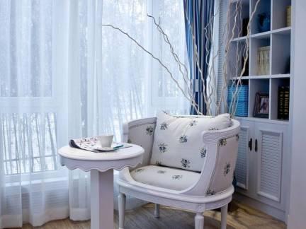 蓝色温馨现代风格阳台窗帘装修图片