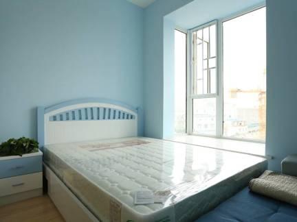 蓝色现代风格卧室榻榻米装修美图