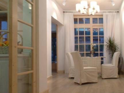 温馨棕色地中海风格客厅隔断装修图片
