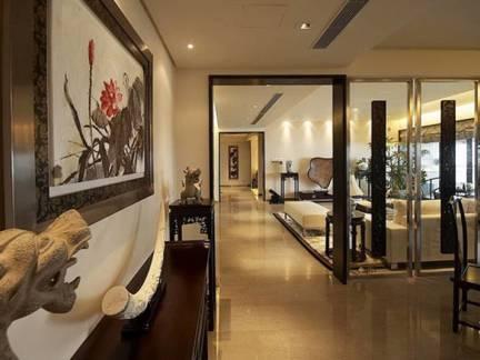 棕色中式风格餐厅隔断装修美图