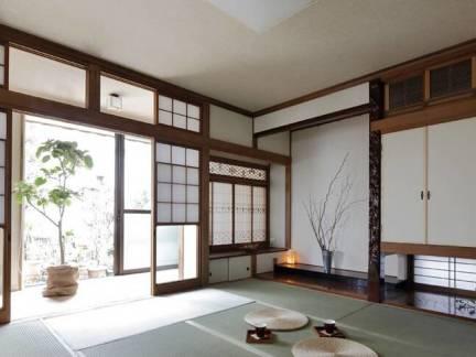 棕色日式风格阳台榻榻米装修设计图
