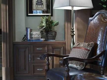 黑色欧式风格客厅浪漫灯具装修图片