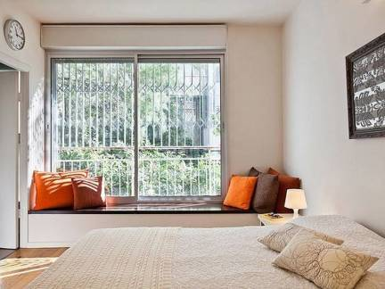 华美白色现代风格卧室榻榻米装修美图