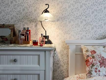 白色田园风格唯美卧室床头柜装修设计图