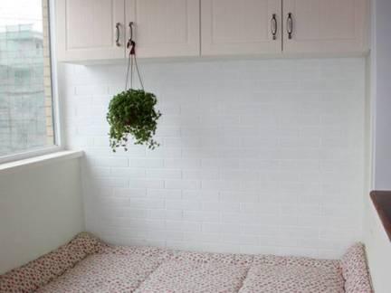白色韩式阳台储物柜装修图片