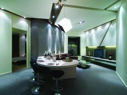 优雅蓝色现代风格餐厅吊顶装修美图