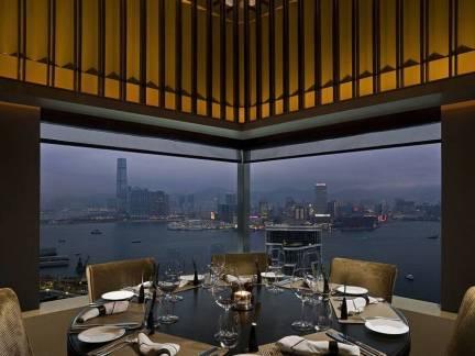 黑色浪漫现代风格餐厅吊顶装修图片