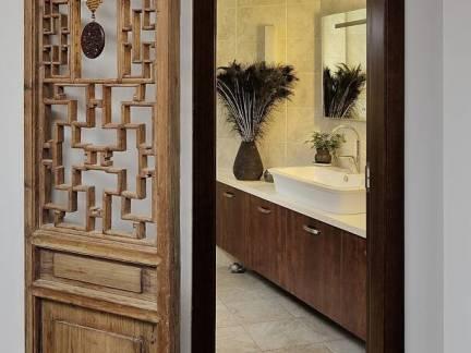 棕色中式风格卫生间隔断装修图片