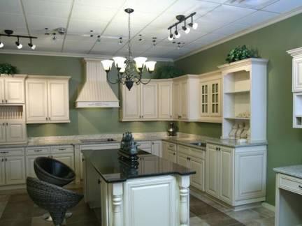 白色简约风格厨房吊顶装修效果图