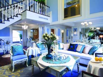 蓝色地中海风格客厅吊顶装修效果图