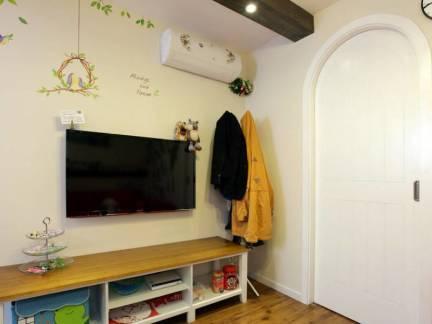 米色雅致地中海风格客厅电视柜装修效果图