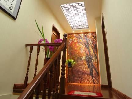 米色中式风格阁楼楼梯装修效果图