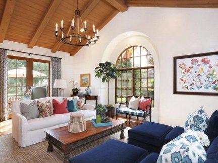 棕色地中海风格客厅吊顶装修图片