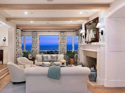 米色地中海风格客厅吊顶装修效果图