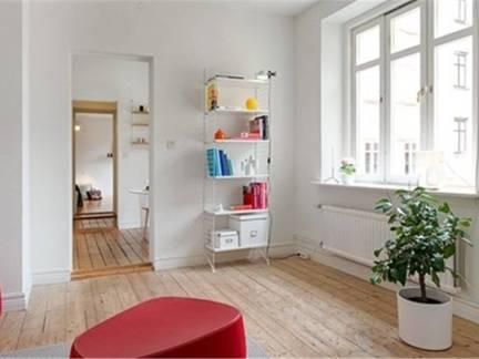 白色现代风格书房飘窗装修图片