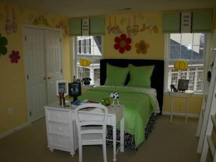 棕色素雅现代风格儿童房床头柜装修美图
