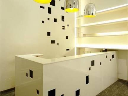 米色现代风格客厅吧台装修设计图