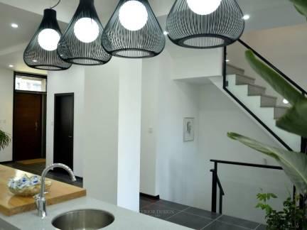 灰色现代风格厨房吊顶装修美图