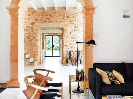 白色地中海风格华美客厅背景墙装修美图